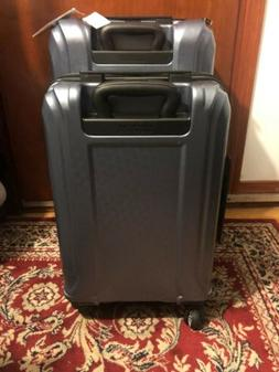 American Tourister Fender 2-piece Hardside Spinner Set open